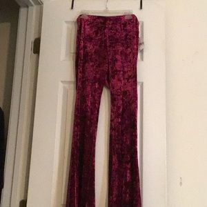 Small red velvet flare pants forever 21